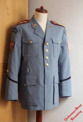 Pos. A40_0662: Tschechien Castle Guard (Sommer-) Jacke Gr. 112 cm (genraucht) - Bild vergrößern